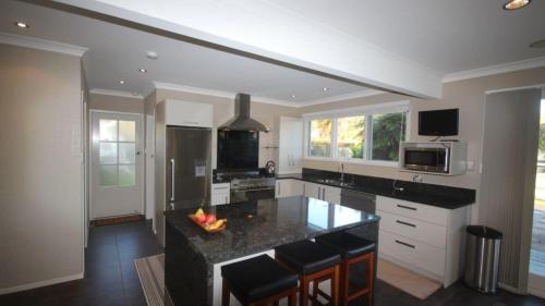 Küche/Küchenzeile in der Unterkunft Redwoods Manor