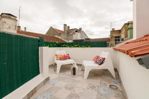A balcony or terrace at Lisbon Times Apartments