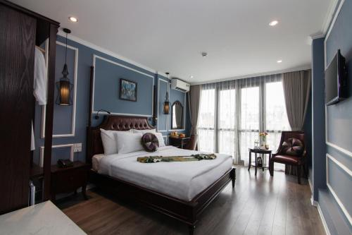 Hanoi Crystal Pearl Hotel