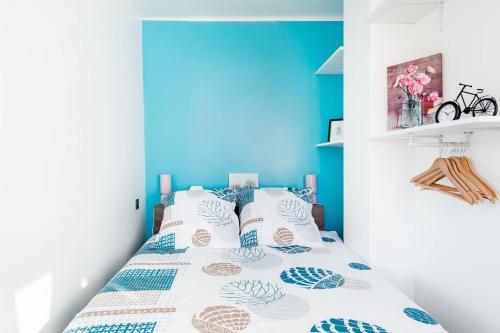 سرير أو أسرّة في غرفة في LP Anne