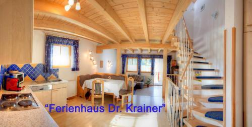 Restorāns vai citas vietas, kur ieturēt maltīti, naktsmītnē Ferienhaus Christina & Haus Dr. Krainer