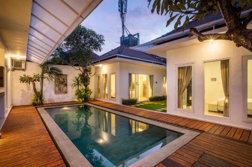 A piscina em ou perto de Villa Valentina
