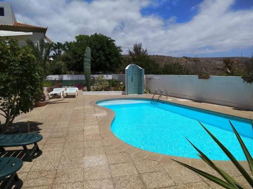 The swimming pool at or near Alojamiento Marai