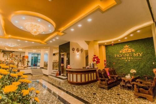 Khách sạn Hoàng My