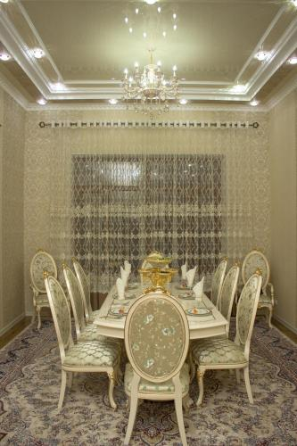 A restaurant or other place to eat at Luxury Guest House
