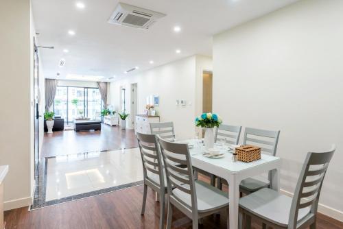 Luxury Imperia Apartment