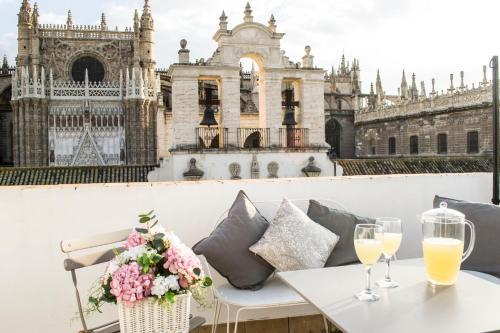 Drinks at Casa Torre Giralda