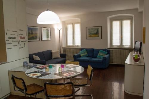 A seating area at A casa di Davide