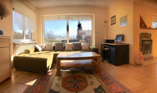 Ein Sitzbereich in der Unterkunft Casa Familia Salzburg