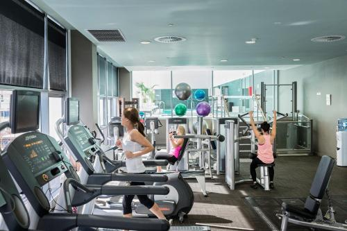 The fitness center and/or fitness facilities at Fraser Suites Perth