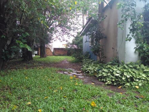 A garden outside Sítio das Amoras
