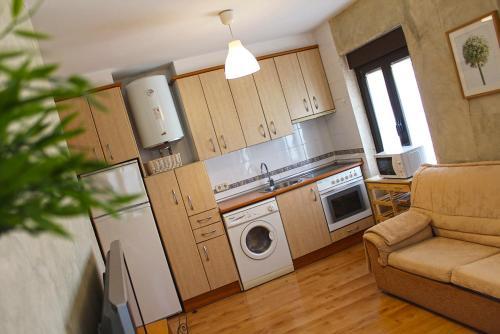 A kitchen or kitchenette at Casa del Plantel