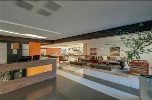 The lounge or bar area at Apartamento Veredas do Rio Quente - 919
