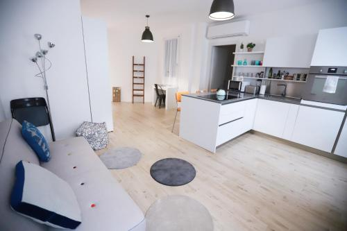 A seating area at Laura's Home - I Navigli Che Vorrei