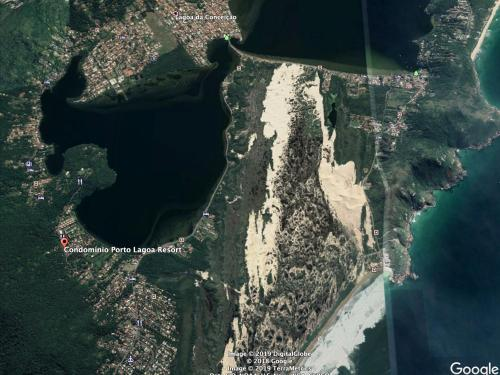 A bird's-eye view of Lindo apto beira da Lagoa