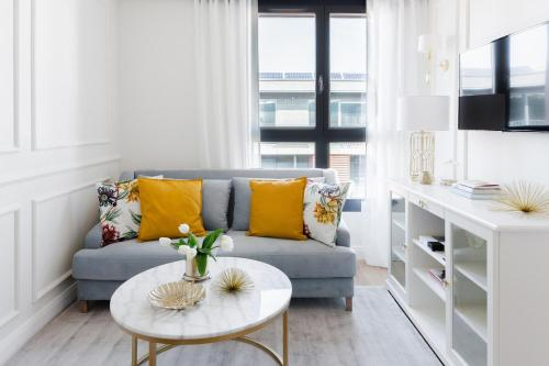 A seating area at Apartament Golden Place 2