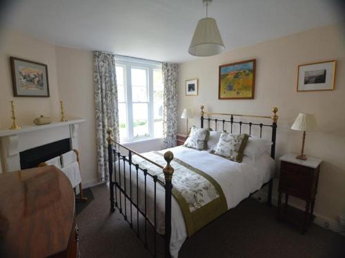 A bed or beds in a room at Holiday Home Ardtornish