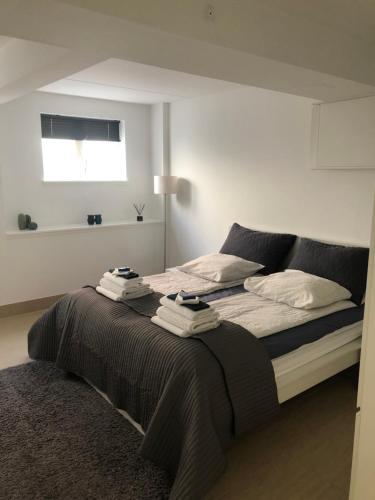 Kama o mga kama sa kuwarto sa Cph Lux Apartment base2