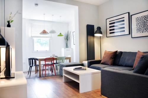 A seating area at Lamington Apartments, Hammersmith