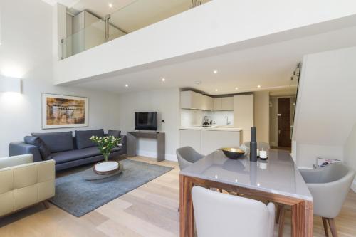 Ein Sitzbereich in der Unterkunft One Bedroom luxury Apartment