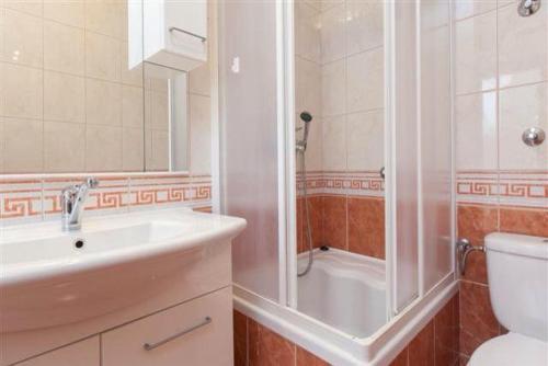 A bathroom at Villa Spomenka