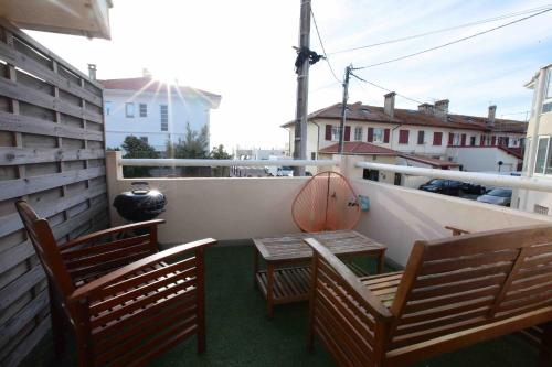 A balcony or terrace at Atlantic Selection - Appartement Centrale Capbreton