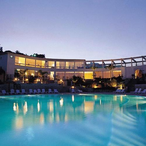 The swimming pool at or close to Quinta da Floresta – Santo António Villas, Golf & Spa