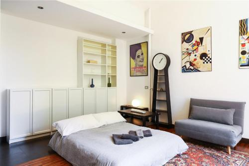 A bed or beds in a room at Lovely Navigli