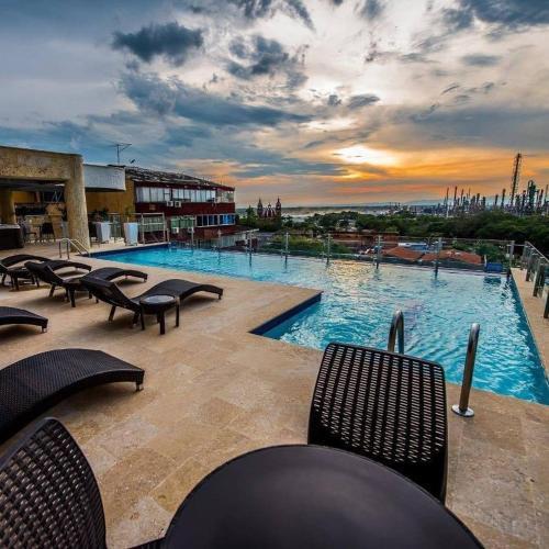 Hotel Super Estrellas (Colombia Barrancabermeja) - Booking.com