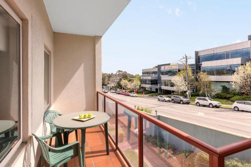A balcony or terrace at Hawthorn Gardens Serviced Apartments