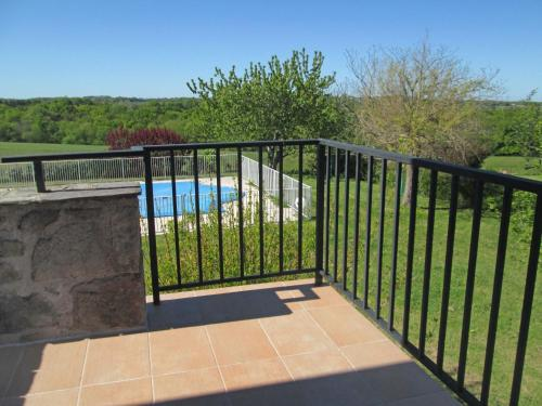 A view of the pool at Holiday Home Le Pigeonnier or nearby