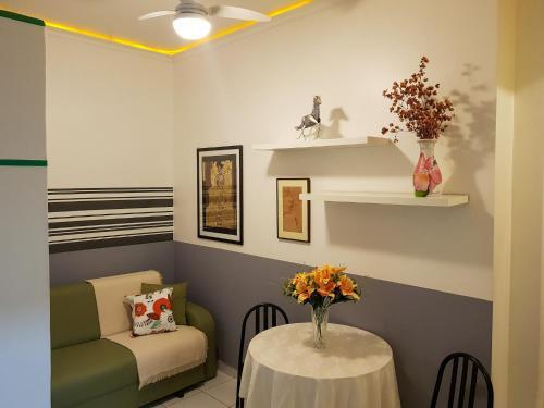 Area tempat duduk di Loft perto da Praia de Copacabana