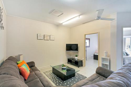 A seating area at Inner City Executive Rooms - Room 5 - Share Accommodation Property