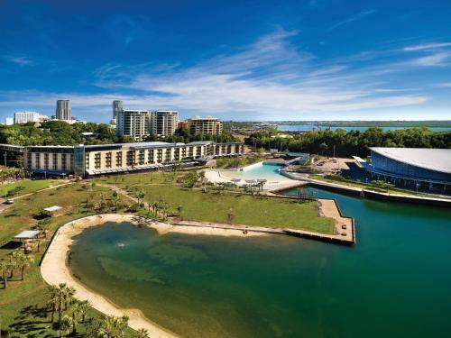 A bird's-eye view of Adina Apartment Hotel Darwin Waterfront