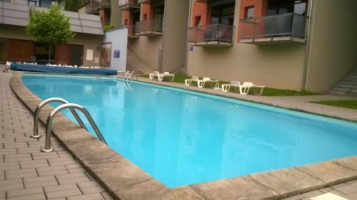 Bazén v ubytování Apartman Doky D8 - Lipnohome nebo v jeho okolí