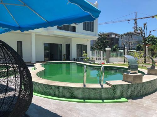 Villa Nha Trang 3 Bedrooms 2 Pool Private Beach