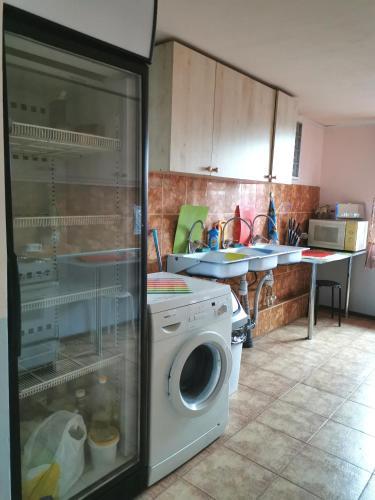 A kitchen or kitchenette at Hostel Tulka