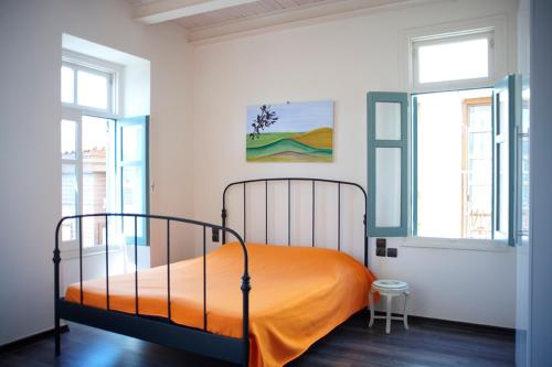A bed or beds in a room at Novecento Studios