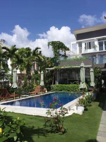 Riverside Villa Homestay