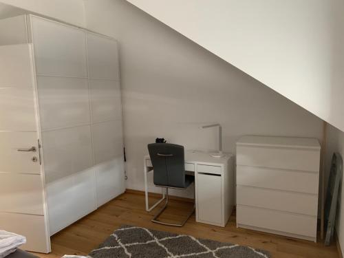 A kitchen or kitchenette at Modernes Innenstadtloft in zentraler Innenstadtlage