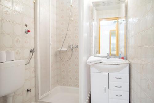 Koupelna v ubytování Kámán Pince