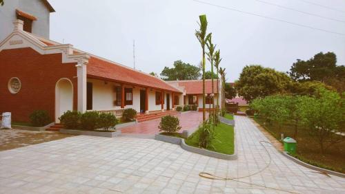 Hoa Quynh Garden House (Nhà Vườn Hoa Quỳnh)