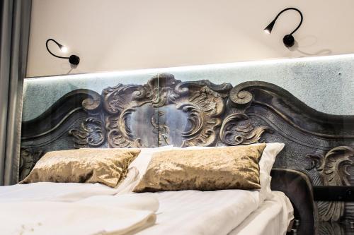 Кровать или кровати в номере Celestin Residence