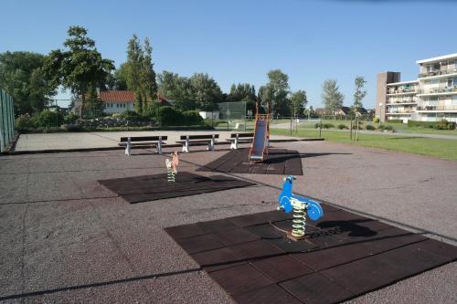 The swimming pool at or close to Park Atlantis