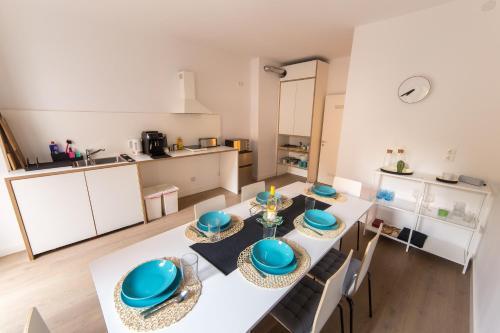 Küche/Küchenzeile in der Unterkunft ☆ Moderne 90m² 3-Zimmer im Zentrum mit Netflix