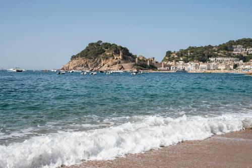Een strand bij of vlak bij het appartement