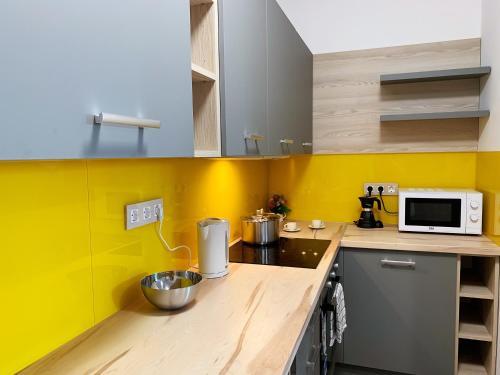 Semmelweis Panoramic Luxury Apartment 604廚房或簡易廚房