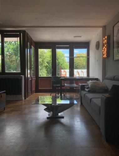 Area soggiorno di Beautiful Apartment in the city center