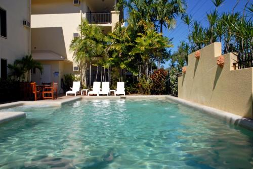 The swimming pool at or near Bay Village Tropical Retreat & Apartments