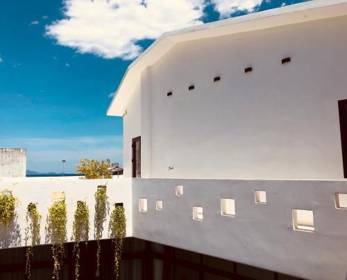 Da Nang Peaceful Beach Homestay & Apartment
